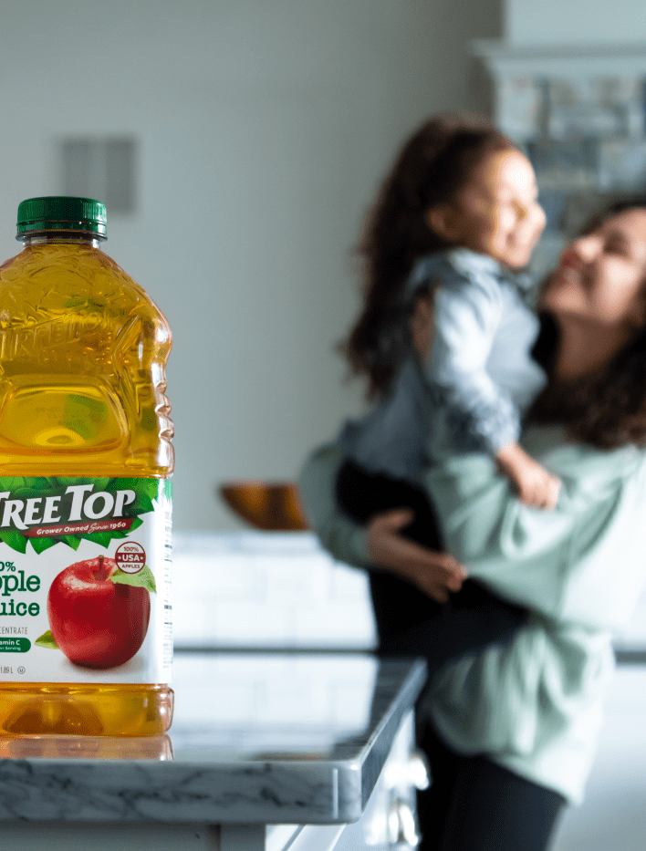Tree Top apple juice product advertising